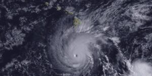 Read more about the article Not Many Hurricanes Hit Hawaii and this is Why
